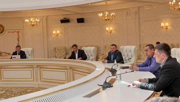 Запад пытается развернуть на Украине серьёзную войну против России