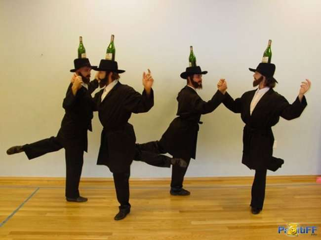 Российское правительство иудо-либералов решило залить кризис алкоголем