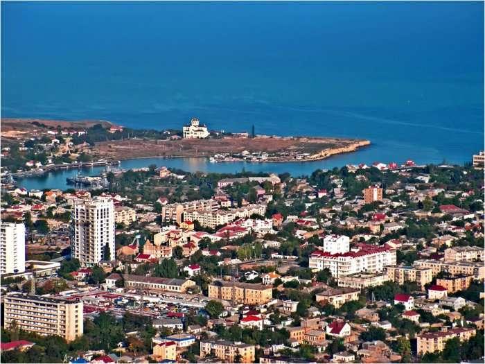 Алексей Чалый отвечает на множество важных вопросов из Севастополя