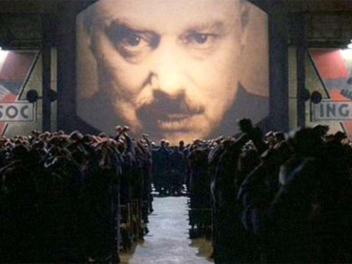 На Западе усиливается тотальная круглосуточная слежка за людьми