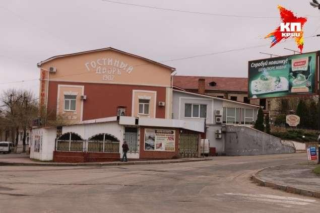 Еврейский Киев хотел полностью уморить Луганск и Донецк