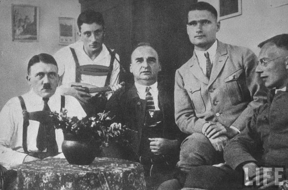 Третий Рейх создавали и финансировали еврейские банкиры