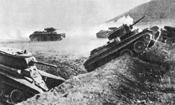 халхин гол, танки БТ-7.png