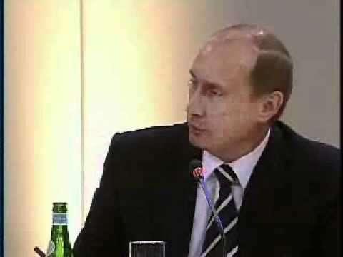 В Мюнхене в 2007 году Владимир Путин твёрдо призвал Запад «жить дружно»