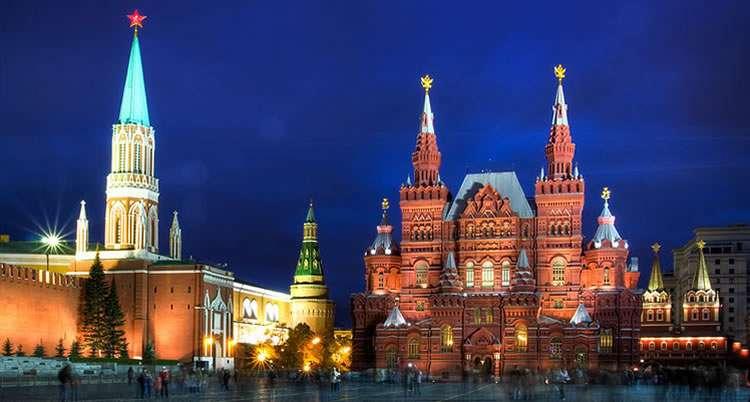 Запад дружно перешёл в наступление против России