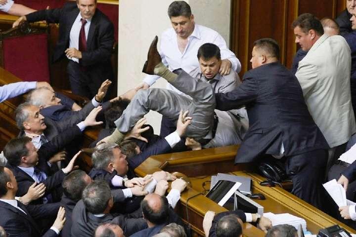 В нормальном разумном государстве оппозиции нет места