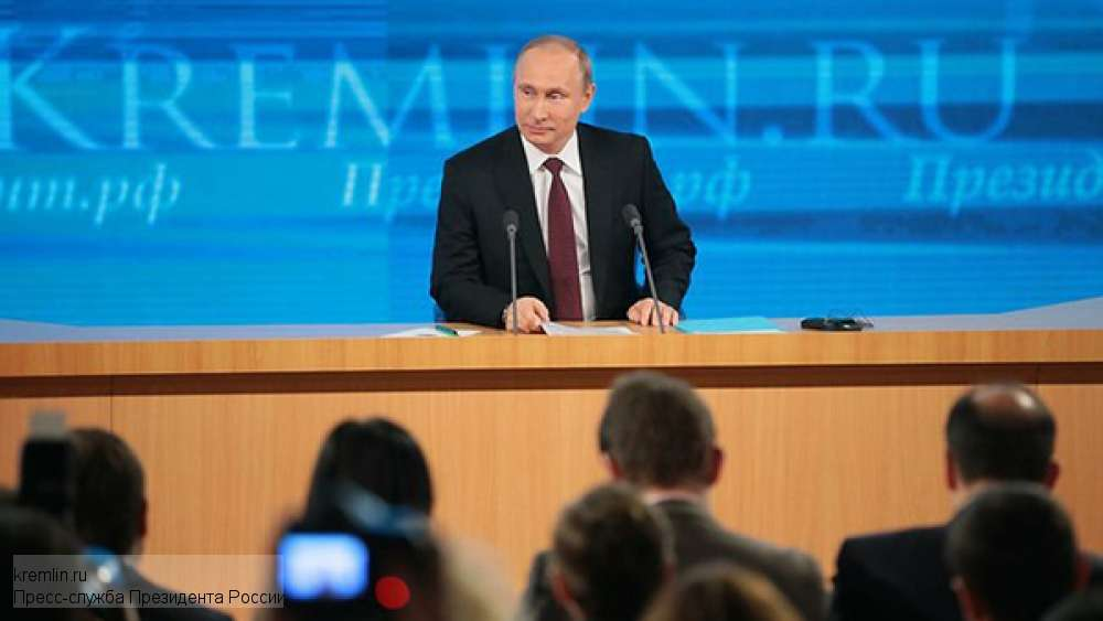 Владимир Путин появился в Кремле в самый нужный момент