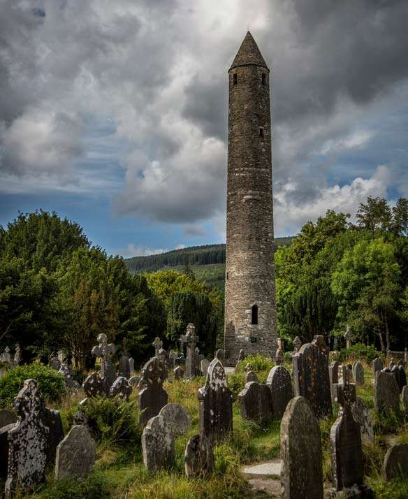round-towers-of-ireland-202715.jpg