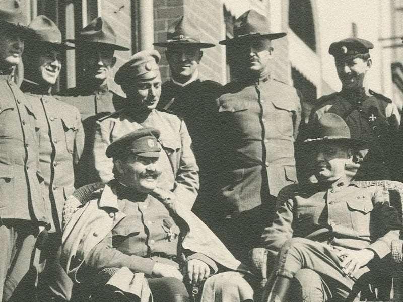 Американские свиньи уже приезжали завоёвывать Русь в 1918 году