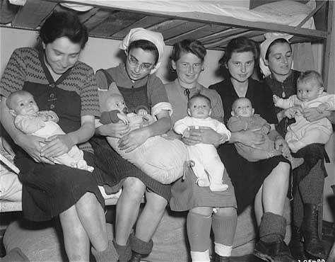 Холокостом иудеи пытаются скрыть свою вину в организации II Мировой Войны