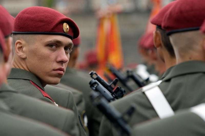 Кремль готовится к серьёзной обороне от внешних и внутренних врагов
