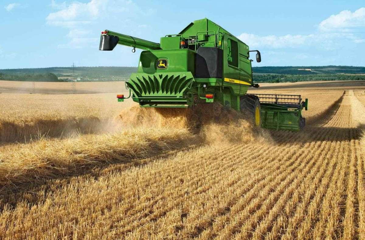 Производство продуктов питания – самая главная задача страны