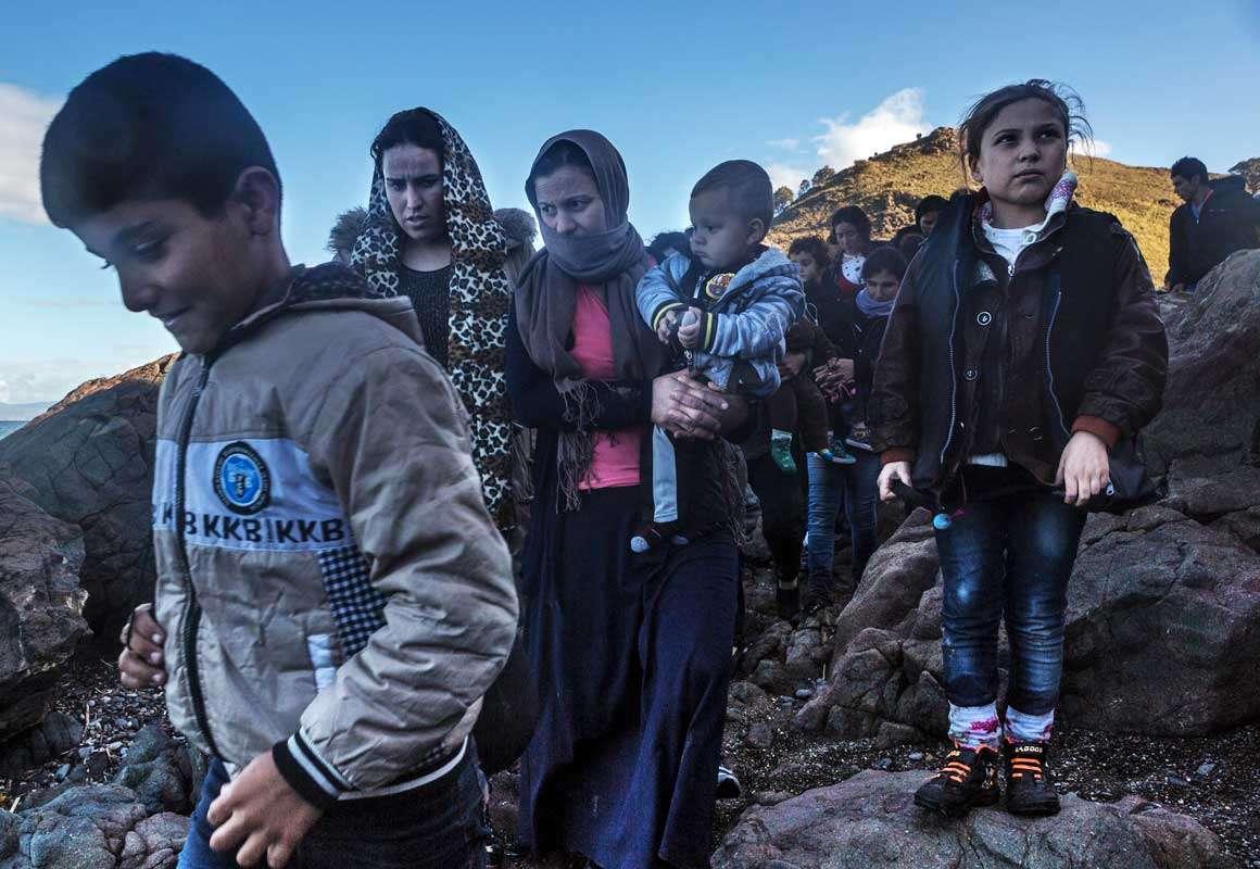 Жуткая трагедия беженцев позволяет паразитам набивать себе карманы