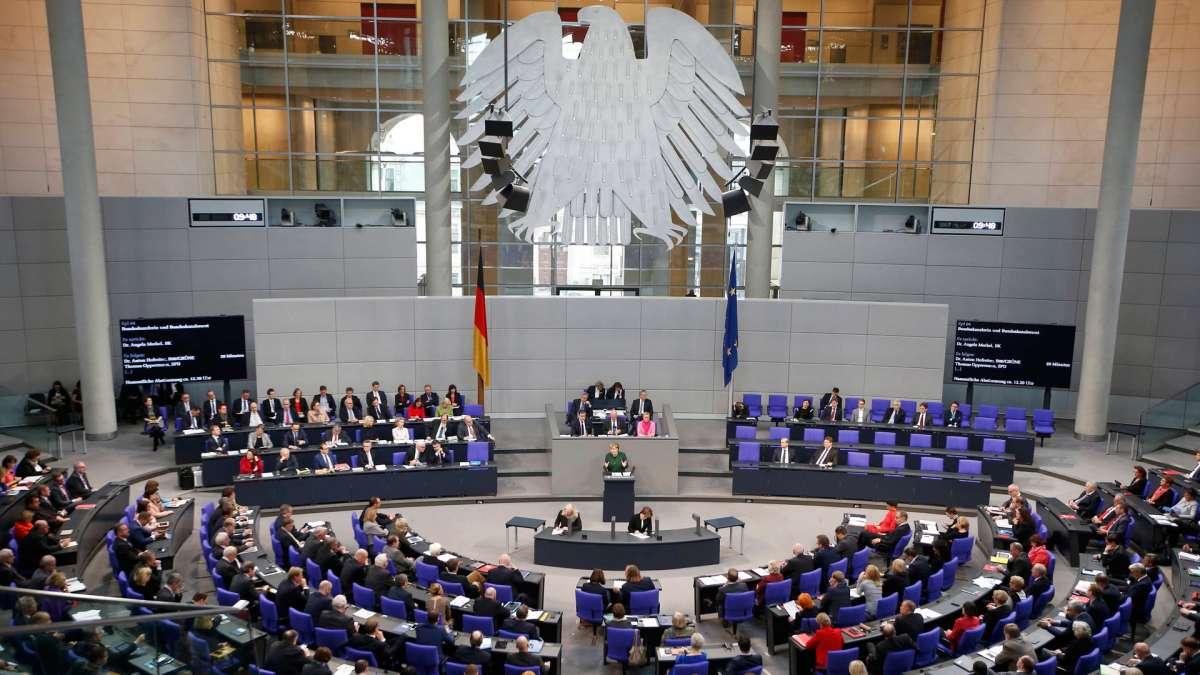 Чёрная аристократия заставляет Европу принимать беженцев с Востока