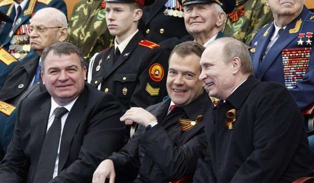Кем был Анатолий Сердюков для Армии?