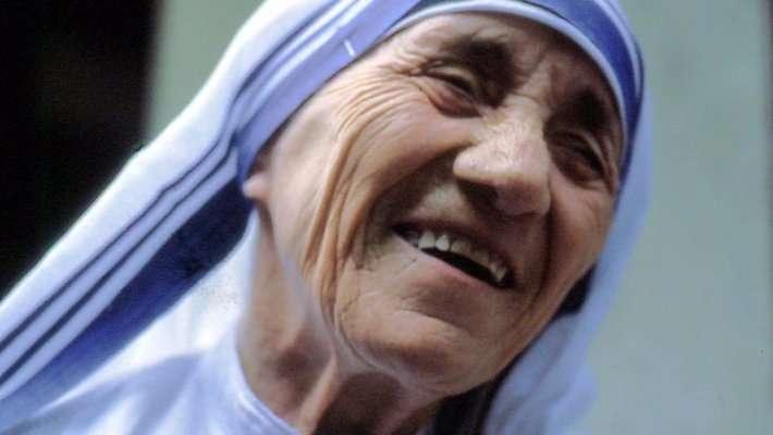 Ватикан канонизировал очередную убийцу – Мать Терезу
