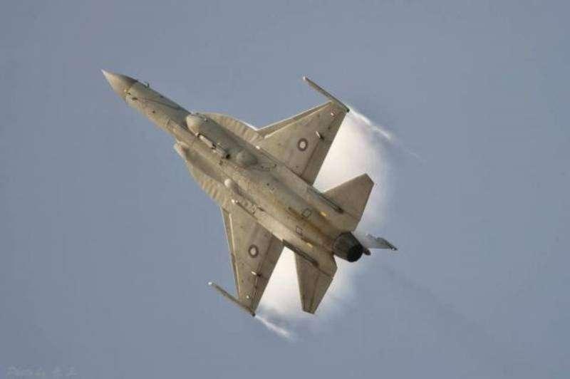 Военно-технический шантаж России