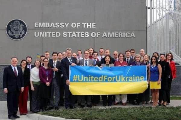 США полностью оккупировали Украину и добровольно оттуда не уйдут