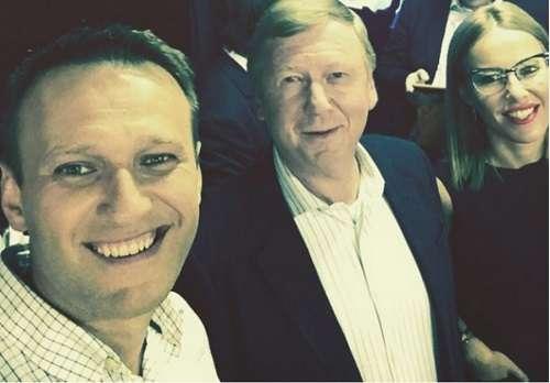 «Разоблачения» Навального по странному совпадению идут строго по «кремлёвскому списку» США