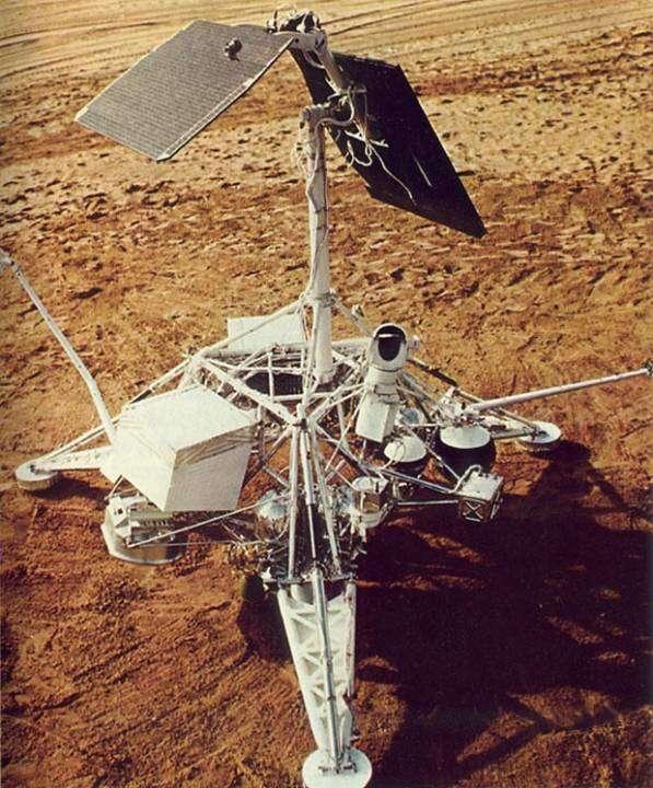 Полёт на Луну американских астронавтов – мистификация, которую поддержала правящая верхушка СССР