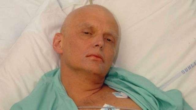 Александр Вальтерович Литвиненко в больнице. 2006
