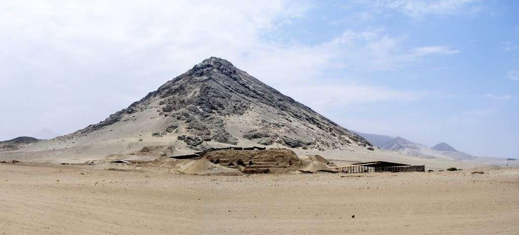 Для чего строили пирамиды?