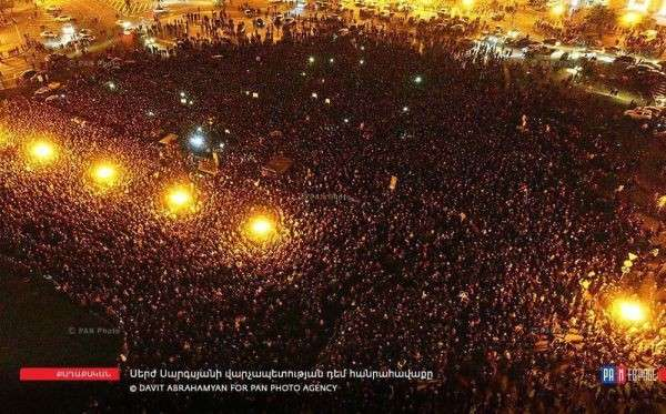 Бархатная революция в Армении – отработанный Западом сценарий свержения власти