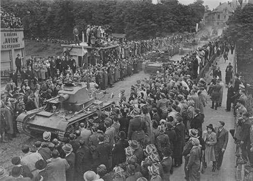 Польша требует репараций, прикинувшись невинной жертвой во Второй Мировой войне