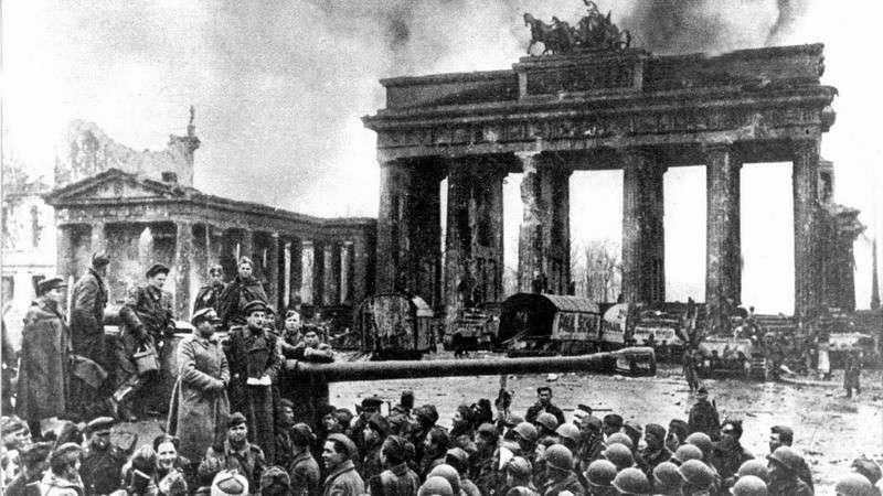 Победу России во Второй мировой войне Запад пытался украсть в 1945 году дважды