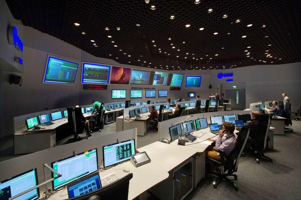 Война в космосе: когда США, Россия и Китай начнут сбивать спутники друг друга