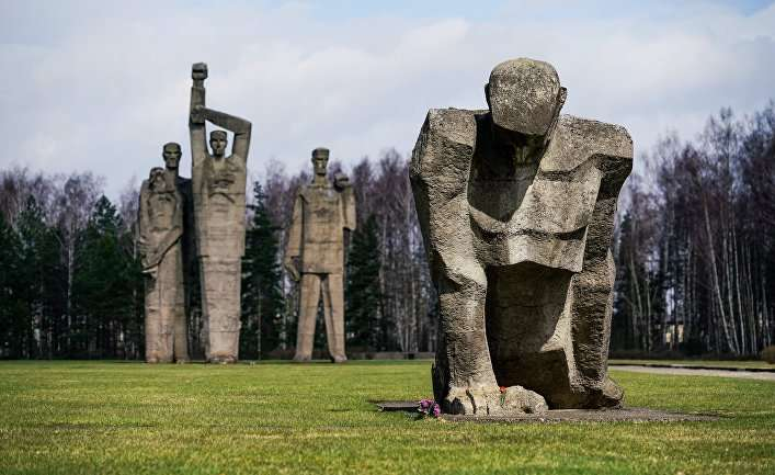 Латвию паразиты уже почти совсем сожрали