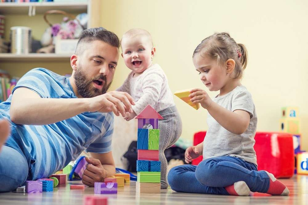 О воспитании нового поколения