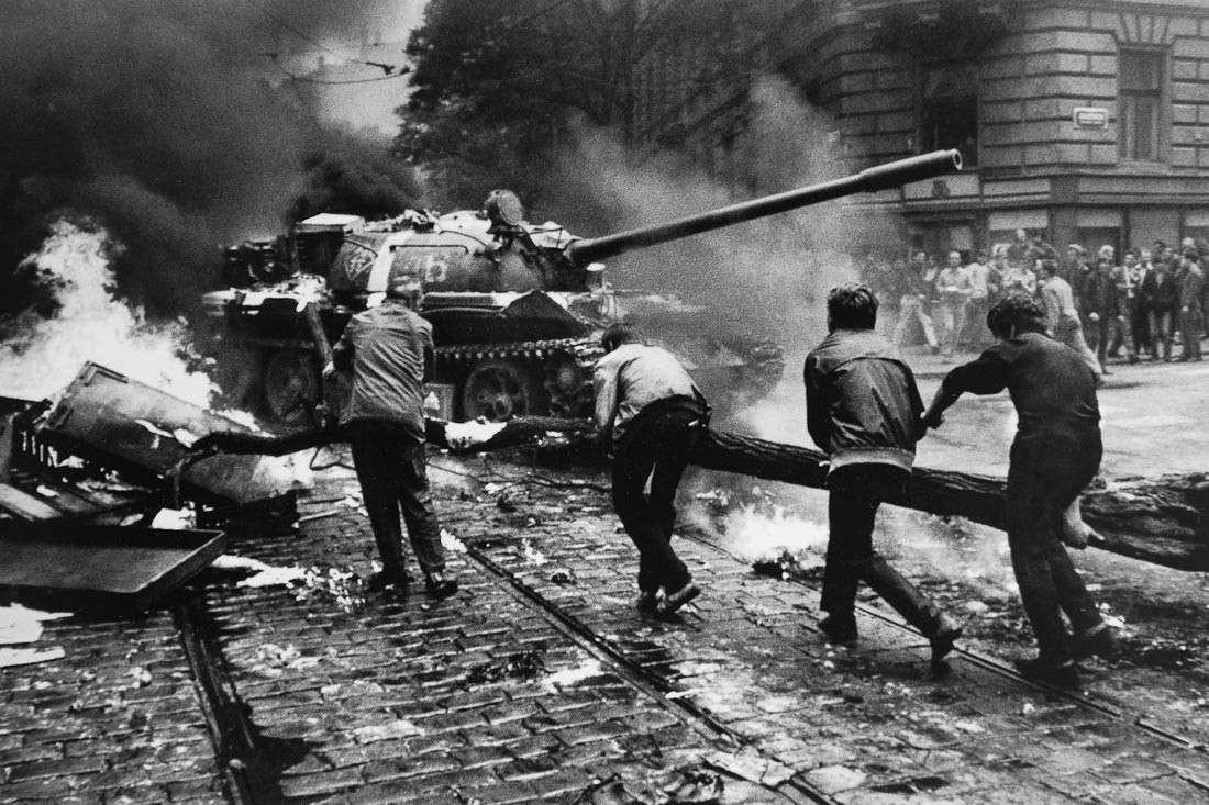 Ввод войск в Чехословакию в 1968 году стал контратакой на попытку Запада провести «цветную революцию»