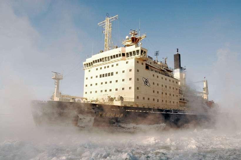 Россия готовит Росатомфлот покорять Арктику и Северный морской путь