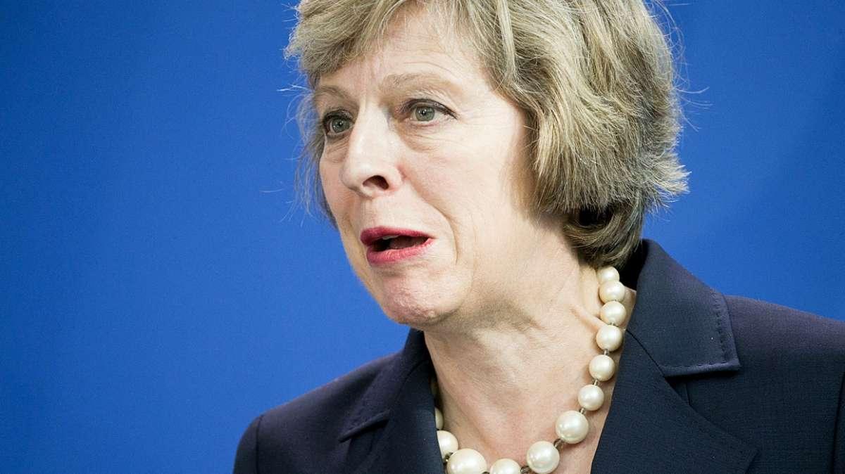 Великобритания умирает, превращаясь крохотную Англию