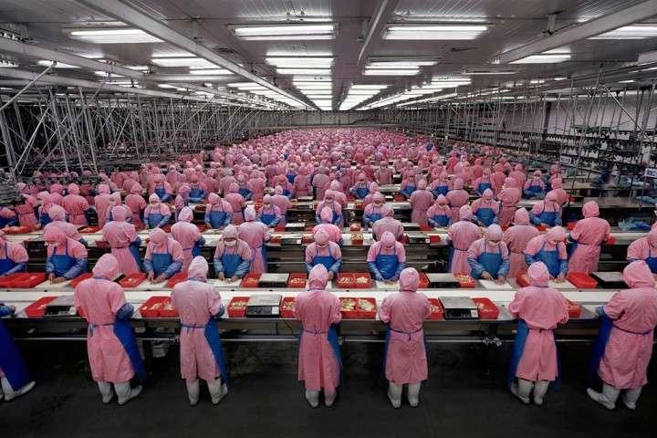 На чем строится супердержавность Китая?