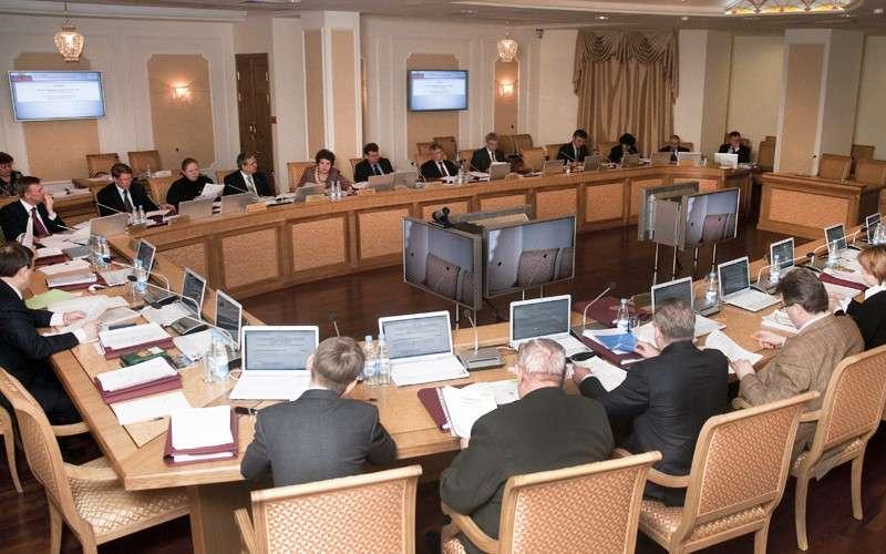Противодействие коррупции в России сталкивается з глубоко эшелонированной бандой паразитов