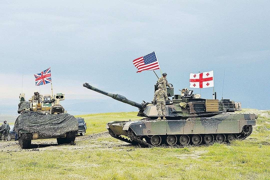 США готовят Грузию к новой войне с Россией