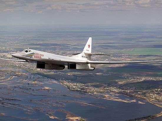 Сверхзвуковой стратегический бомбардировщик Ту-160 в Венесуэле оказал психологическое влияние на военных США