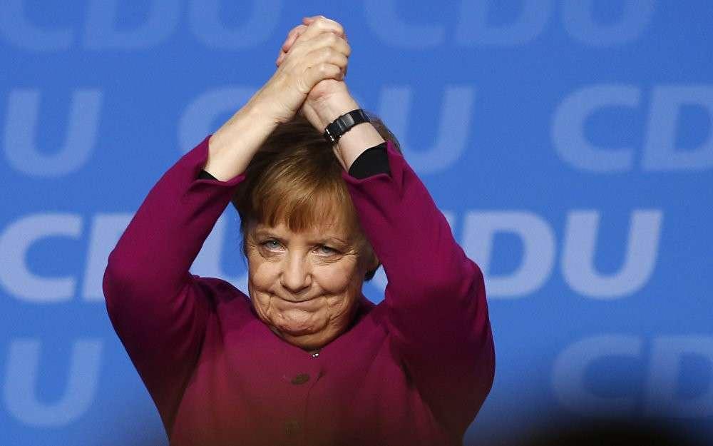 Германия стремиться к Четвертому рейху через развязывания российско-германской войны