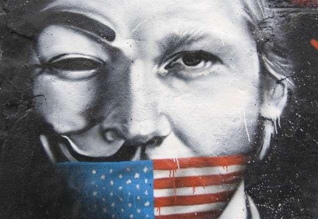 Скрытые детали захвата опального журналиста и хакера Джулиана Ассанжа