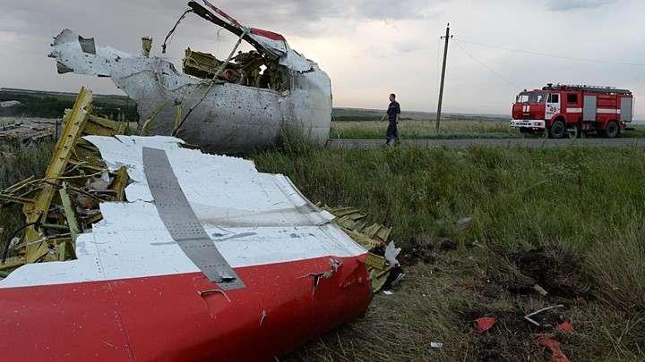 Киевская хунта так хотела убить Путина, что погубила 300 пассажиров авиарейса MH17