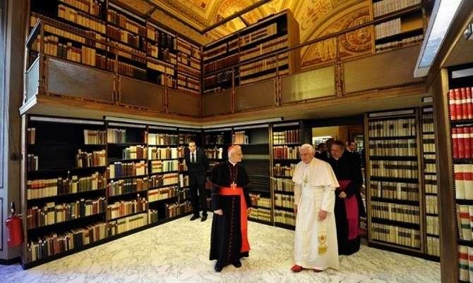 Зачем Ватикан скрывает в своих тайных библиотеках настоящую историю человечества?