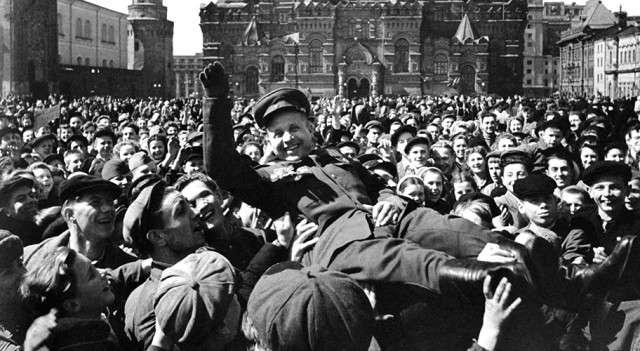 Фашизм и нацизм равно либерализм, как внутренние и внешние фальсификаторы меняют историю