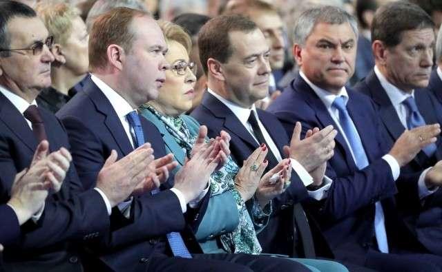 Почему либералы откровенно саботируют реализацию национальных проектов России?
