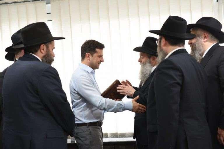 Зеленский – ставленник международного еврейского лобби, центр которого в США, а приоритет – Израиль