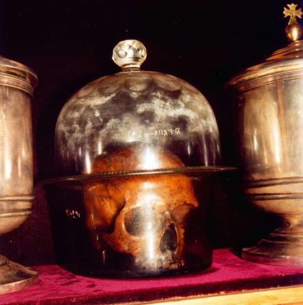 Мироточивые главы в Киево-Печерской лавре