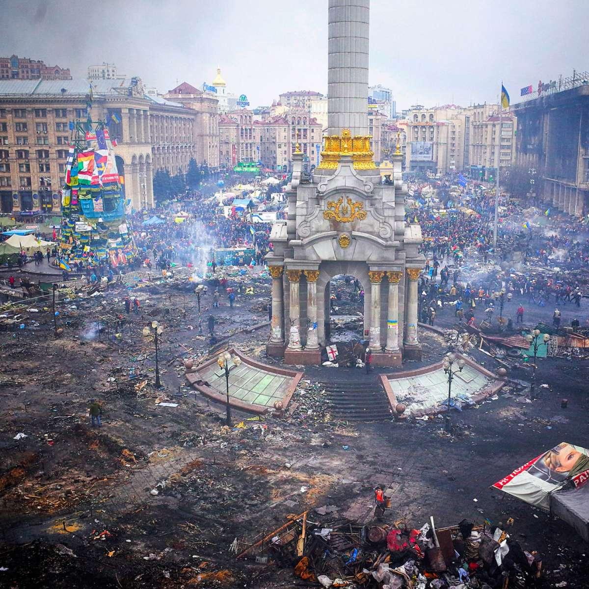 Акции в Москве коалиция бандитов из Запада проводит по майданному сценарию