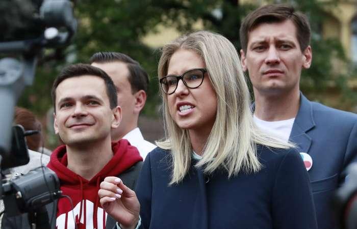Как на протестах в Москве либеральная оппозиция отчаянно страдает за своё Светлое Будущее