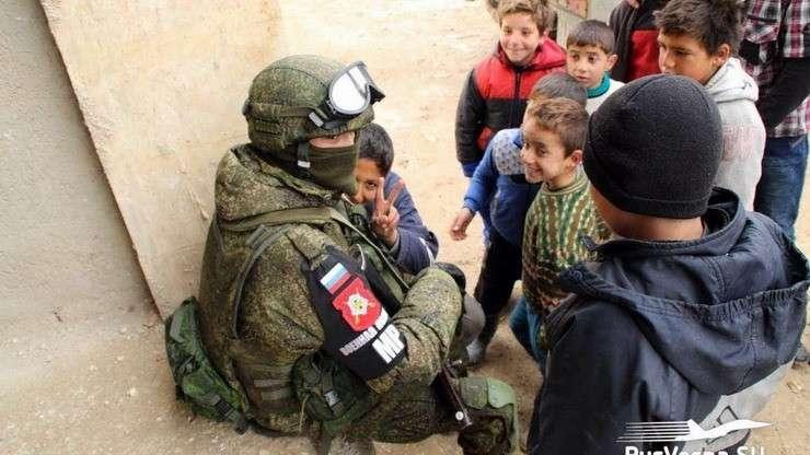 Служба в Сирии: 3 оклада и без спиртного, как живётся российскому контингенту